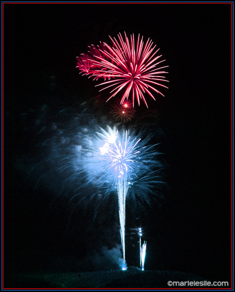 how to make fireworks photos